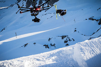 Tim Mc Chesney chased by a drone in Tignes