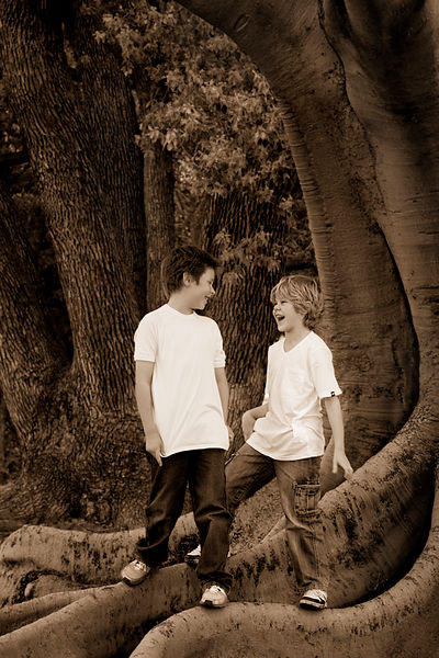 brothers_photograph_in_park_playing_b
