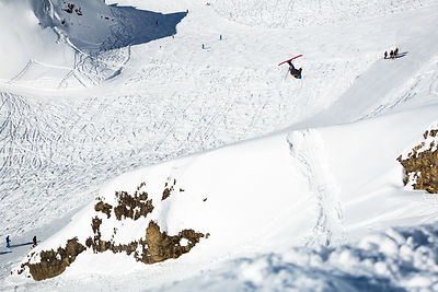 Candide Thovex performing a flat3 on one of his favorite 'minute' spot, 100meters from the slopes of Balme.