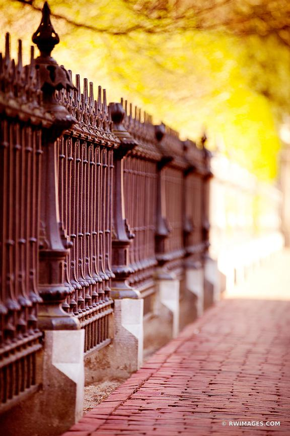 PUBLIC GARDEN IRON FENCE BOSTON COLOR VERTICAL