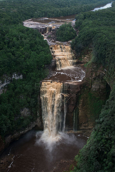 Sakaika Falls seen from the air, Ekereku river, Cuyuni-Mazaruni Region, Guyana, South America