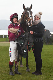 Ozzie_The_Oscar_winners_enclosure_15122018-4