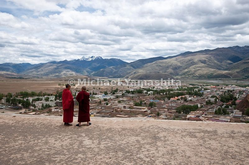 Chamagudao, Tea Horse Road, Ganze monastery is one of the most important in Kham area. Once had over 1000 monks, 50 years ago...