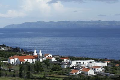Azores_view_from_Pico_window