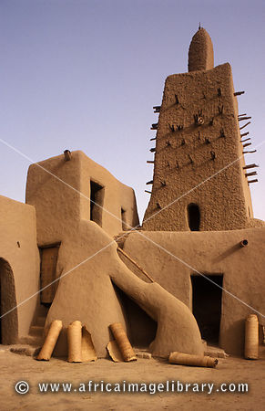 Praying mats lying in the courtyard, Djingareiber Mosque was built in 1325 and is a world heritage site, Timbuktu, Mali