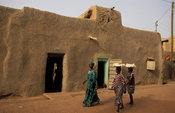 Quarter of Komoguel, The old traditional part of Mopti with many traditional mud houses, Mopti, Mali