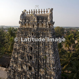 Vilianur, Gopuram Temple