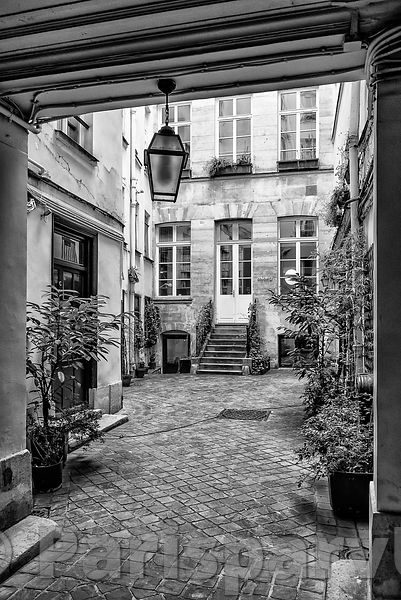 Rue Saint-Honoré Paris 1er