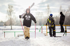 _MG_9215-candide_1.0__estonia__estonie__freeski__freestyle__ski__skiing__street__tim_mc_chesney__urbain__viljandi
