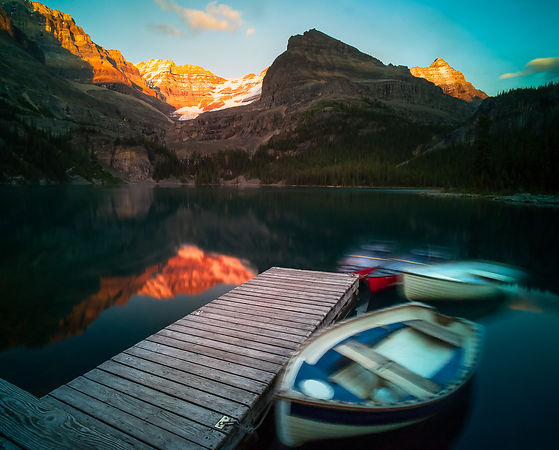 Sunset and boats - Lake O'Hara