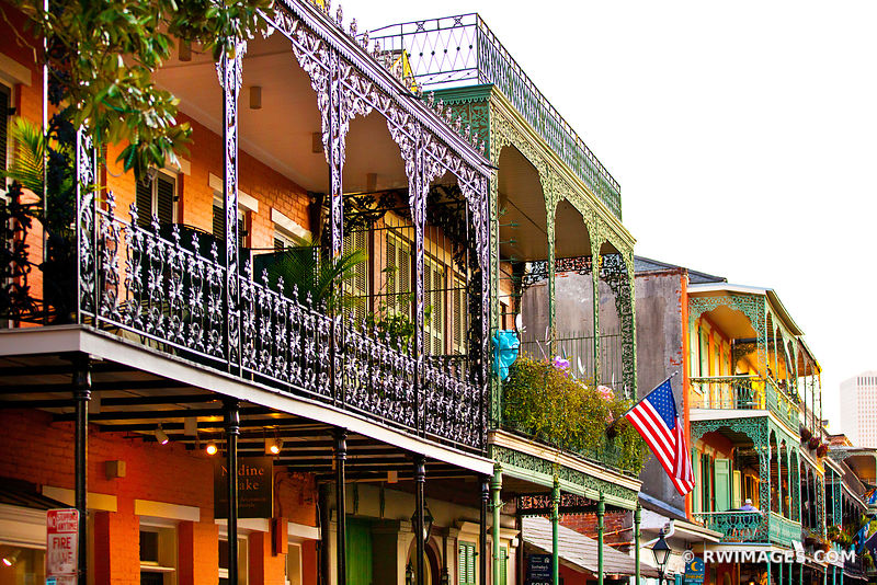 FRENCH QUARTER ARCHITECTURE NEW ORLEANS LOUISIANA