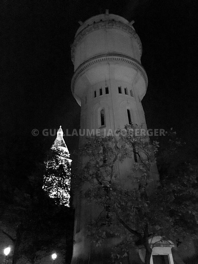 Water-tower-Montmartre-02