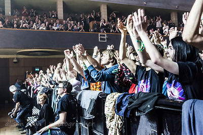 Fans watching Marillion, Wolves, 2015, Saturday