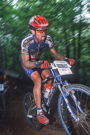 THOMAS FRISCHKNECHT MONT STE ANNE, CANADA. TISSOT MOUNTAIN BIKE WORLD CUP FINALS 2001
