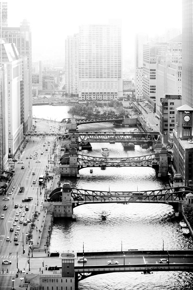 CHICAGO RIVER BLACK AND WHITE VERTICAL