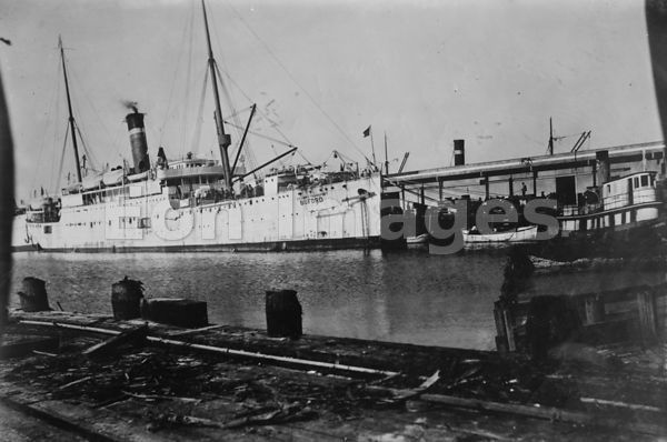 Galveston Storm, 1915 -- Transport whose wireless sent news