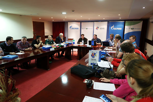 technical_meeting-13-photo-uros_hocevar