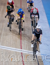 Cat 2/U17 Women Points Race. 2016/2017 Track O-Cup #3/Eastern Track Challenge, Mattamy National Cycling Centre, Milton, On, F...