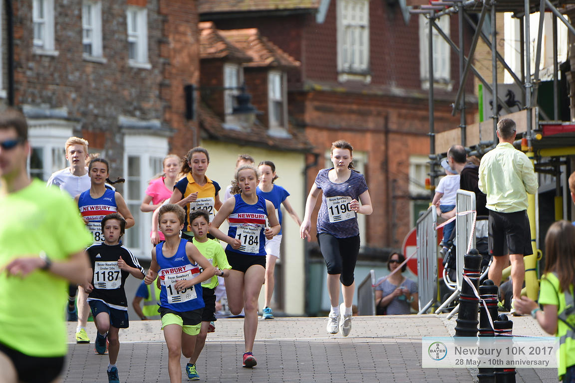 BAYER-17-NewburyAC-Bayer1500m-HighStreet-2