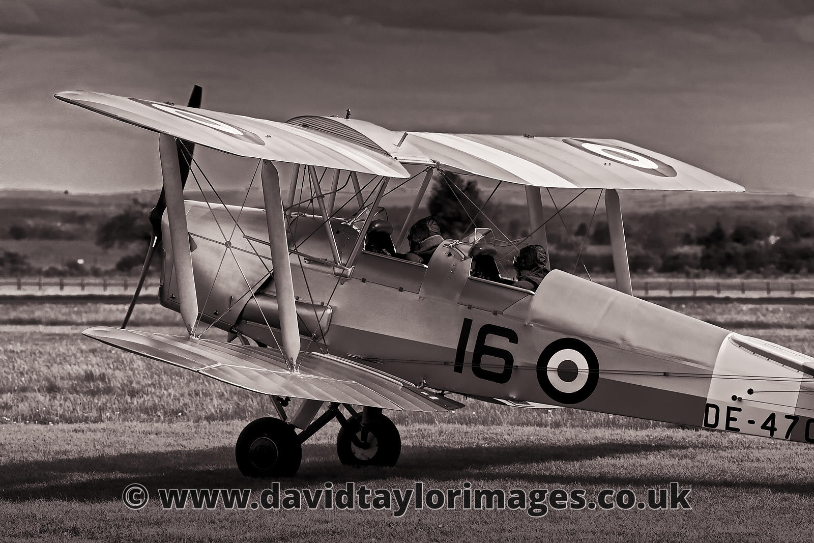 Tiger Moth | Kemble | May 2009
