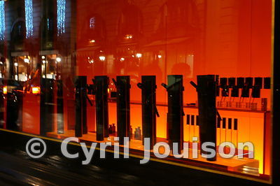 vitrines_paris_mannequin_boutique_coste_09