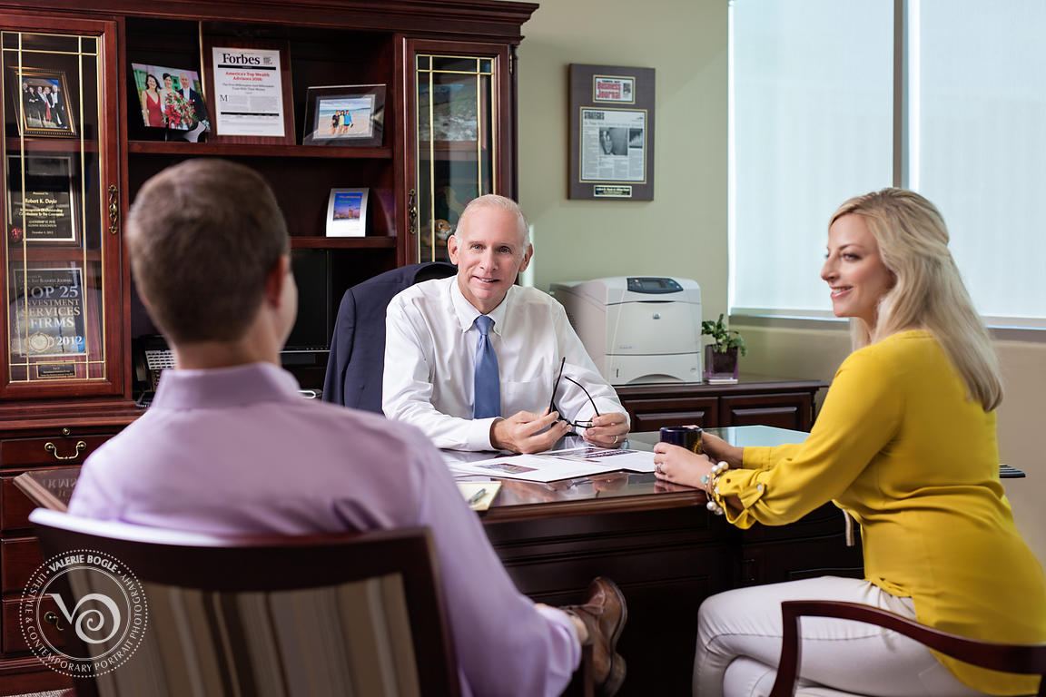 0160926_Doyle_Wealth_Bob_Meeting-6_1500x2250px_300dpi
