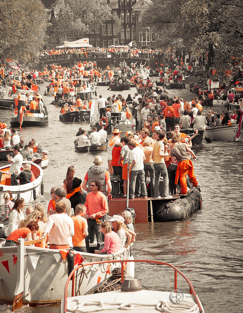 Netherlands - Amsterdam (Queen's Day - Boats II)