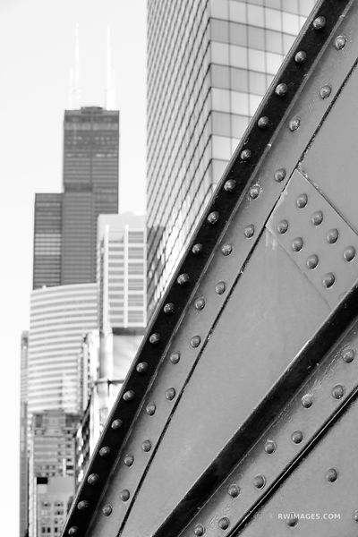 LA SALLE BRIDGE CHICAGO DRAWBRIDGE SEARS WILLIS TOWER CHICAGO ILLINOIS BLACK AND WHITE VERTICAL