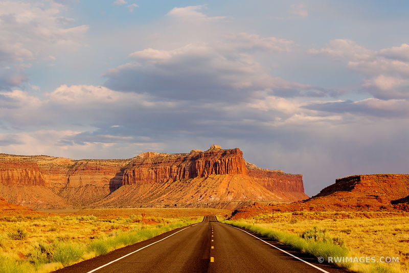ROAD THROUGH THE NEEDLES DISTRICT CANYONLANDS NATIONAL PARK UTAH COLOR
