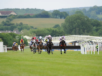 4.30pm The Handicap Hurdle Race (Class 4)