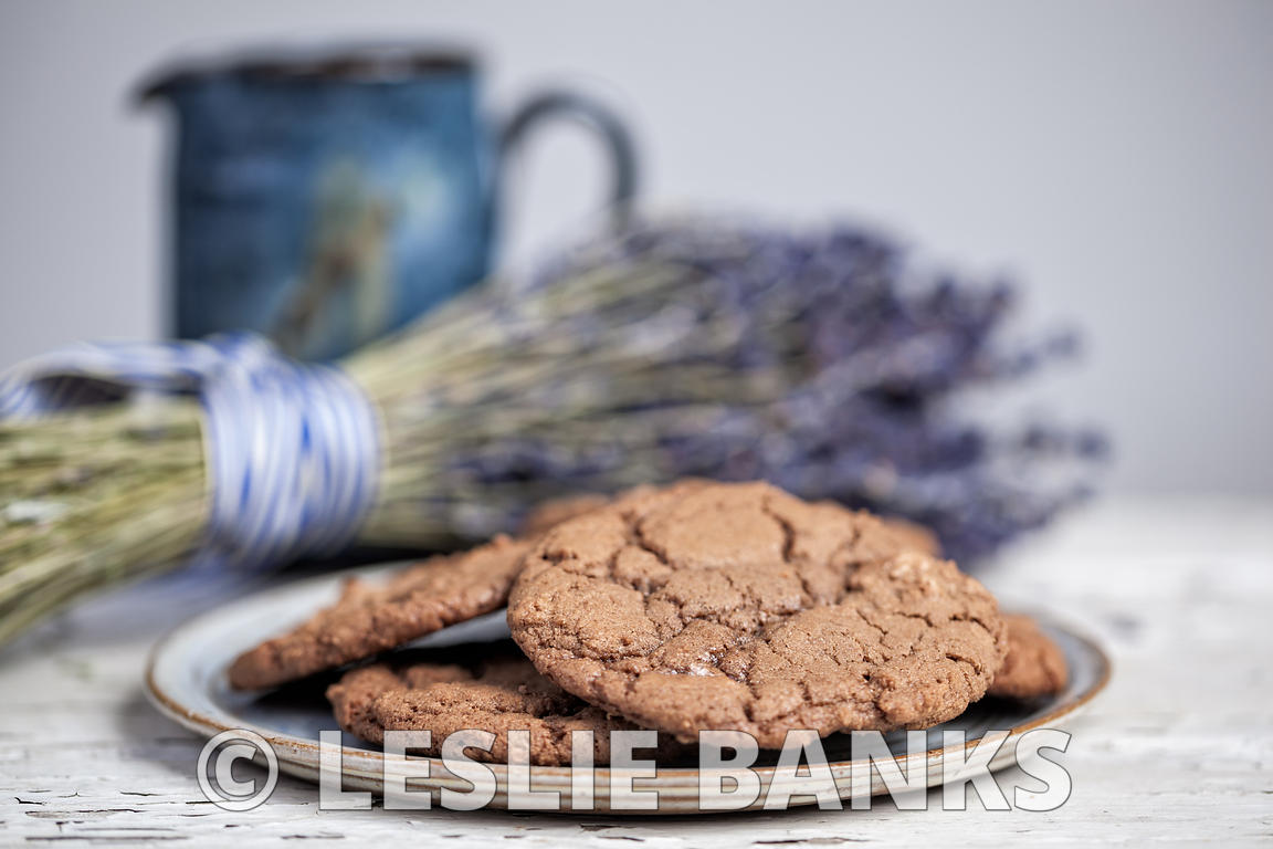 Plate of chocolate cookies