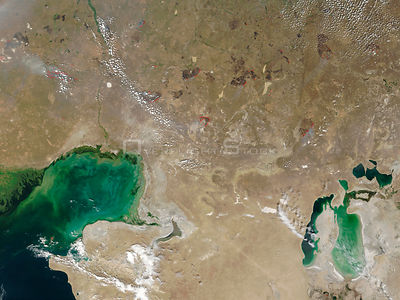 EARTH Caspian Sea / Aral Sea -- Aug 2002 -- The Caspian Sea (bottom left) and the Aral Sea (bottom right), dominate this imag...