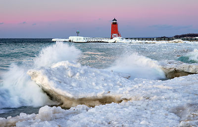Sunset_Lake_Mich._Icy_shore_sky_auto_color_crop_splash_0071