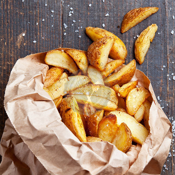 "Fried potato ""country-style"" in kraft bag"