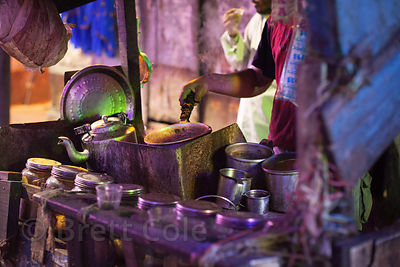 Street food cart at night, Kalighat, Kolkata, India.