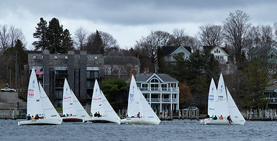 Sailboat_racce_Round_Lake_Nov_25_crop_0456