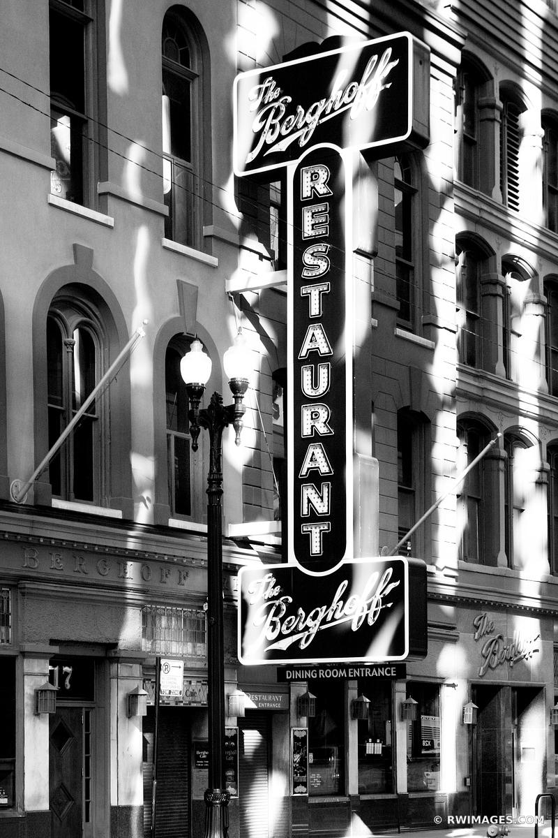 THE BERGHOFF RESTAURANT CHICAGO BLACK AND WHITE