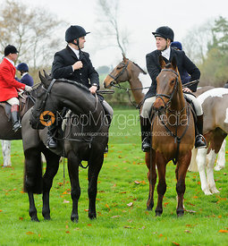 Mounted followers at the meet