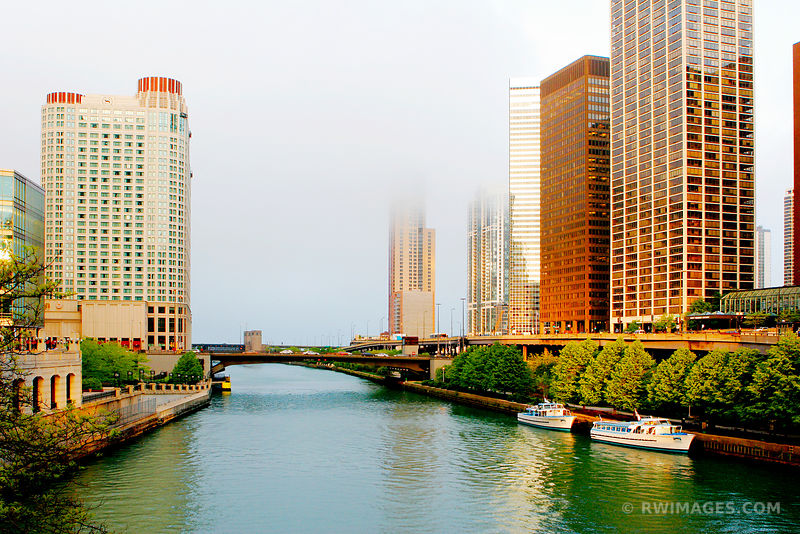 FOG COMING FROM THE LAKE CHICAGO RIVER COLOR