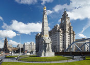 Titanic Memorial and Liver Building (2)