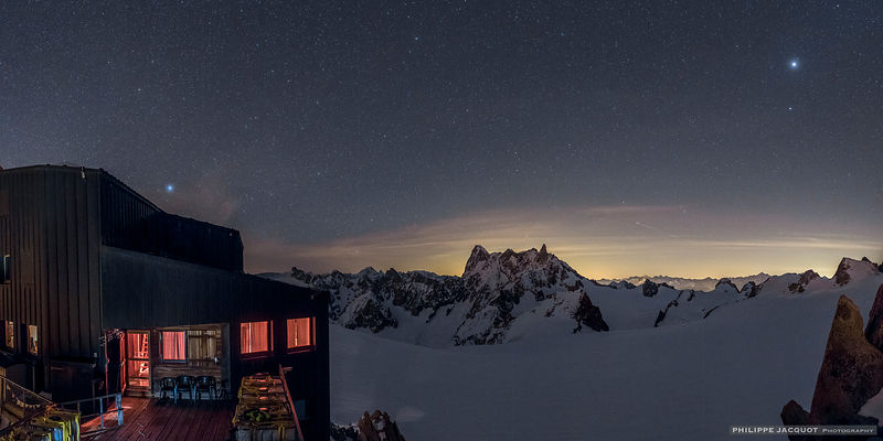 One night at the Cosmiques refuge - part 3 photos