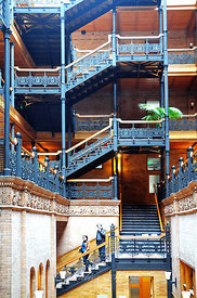 Le Bradbury building Los Angeles Californie USA 10/12