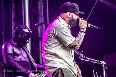 Fred Durst and Wes Borland of Limp Bizkit Aftershock 2014