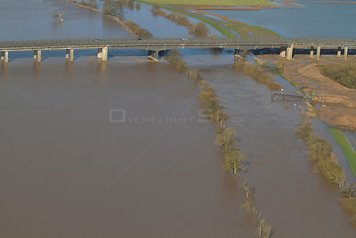 M50 motorway bridge, with River Severn and surrounding flood plain during February 2014 floods, near Upton Upon Severn Worces...