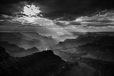 4237-Grand_Canyon_Arizona_USA_2014_Laurent_Baheux