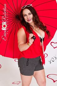 Women-Red-Umbrella-Studio-Glamour
