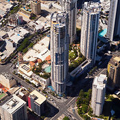Gold Coast, Tripple Towers of Chevron Renaissance