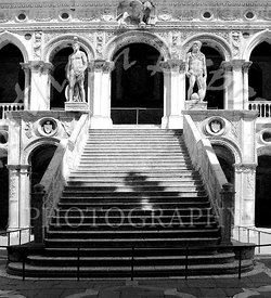 Marble_staircase