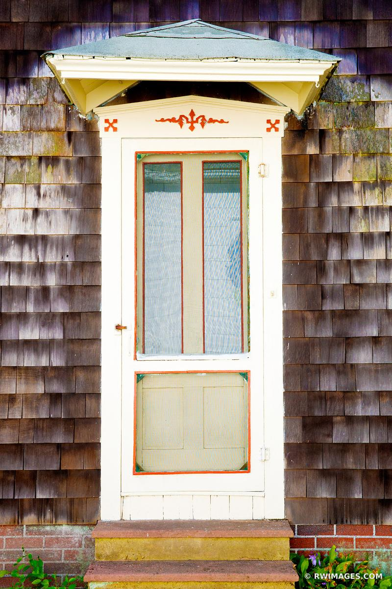 OLD DOOR OAK BLUFFS MARTHA'S VINEYARD