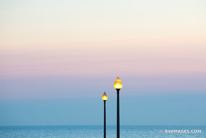 STREET LAMPS LAKE MICHIGAN BEFORE SUNRISE CHICAGO COLOR
